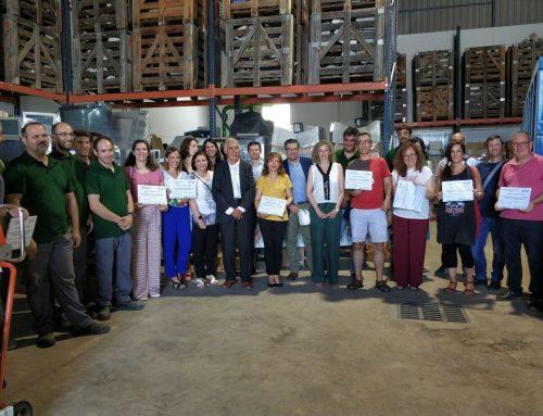 Nuestro centro recoge sus dos premios al reciclaje en un acto en Villafranca de los Barros